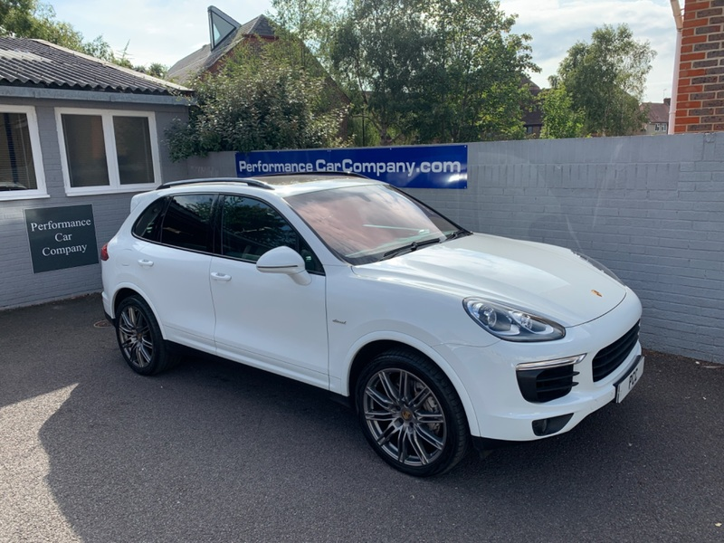 View PORSCHE CAYENNE D 4.2 D V8 S TIPTRONIC S only 18000miles FPSH DEALER Porsche Warranty Dec 21